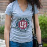 T-shirt gris institutionnel