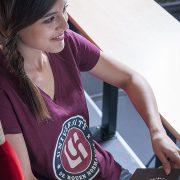 T-shirt bordeaux institutionnel – Université de Rouen Normandie